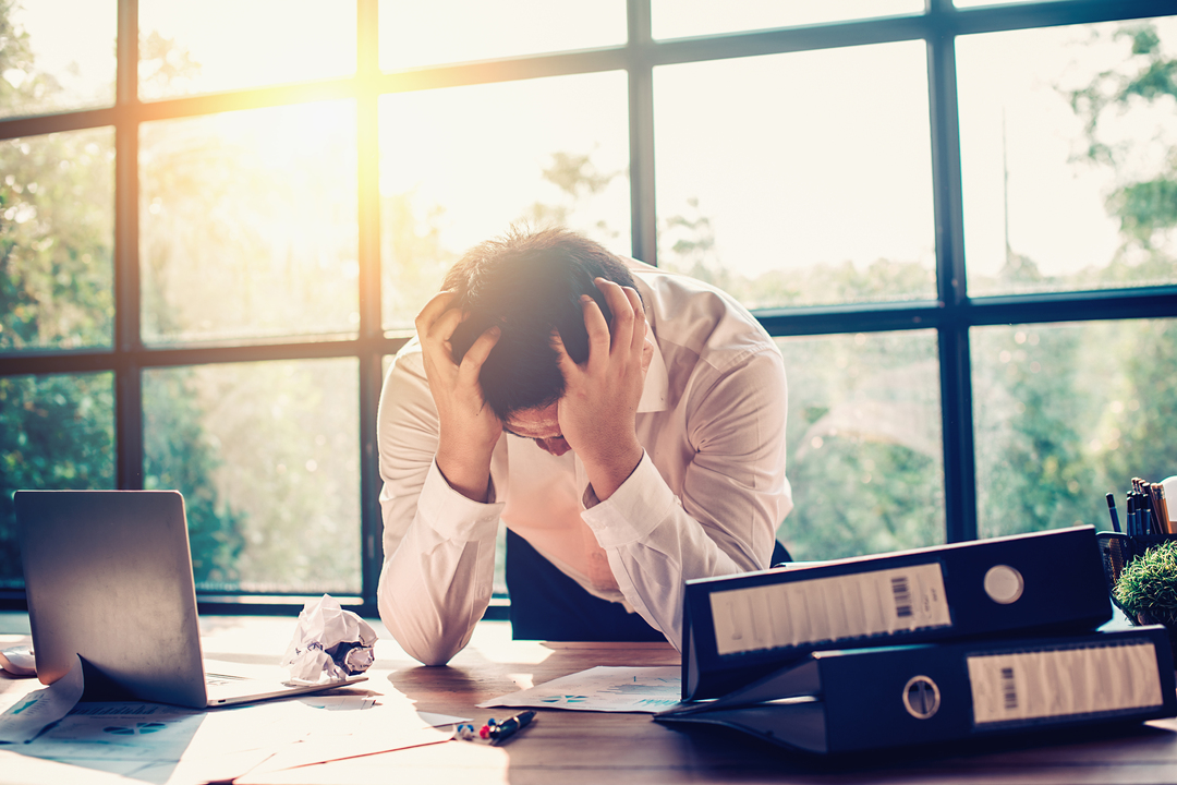 Síndrome de Burnout: funcionários estressado com o trabalho